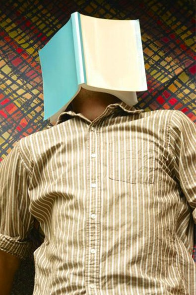 Book Covering Face : Teenager sleeping with book covering face mi casa organizada