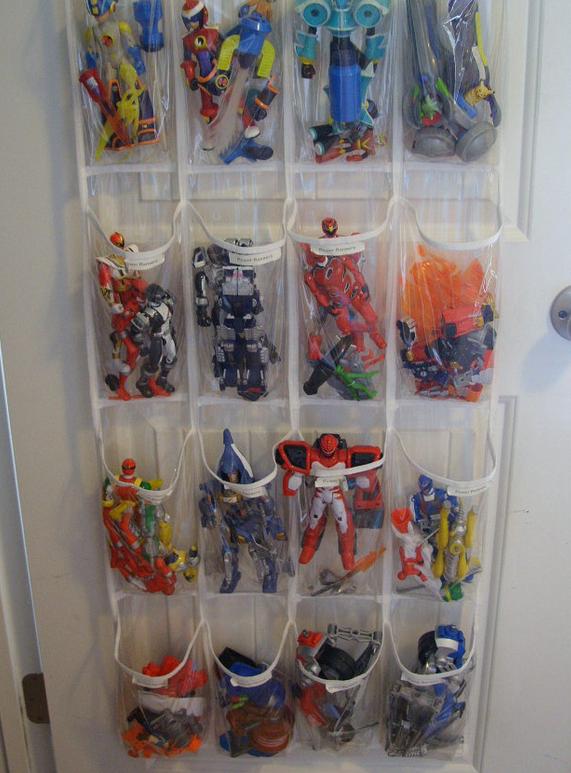 C mo organizar juguetes peque os mi casa organizada for Ideas para zapateras
