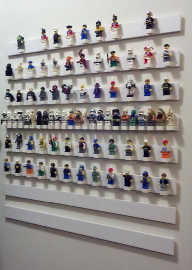 como organizar muñecos de lego