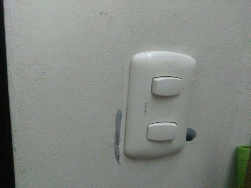 limpiar los apagadores de luz